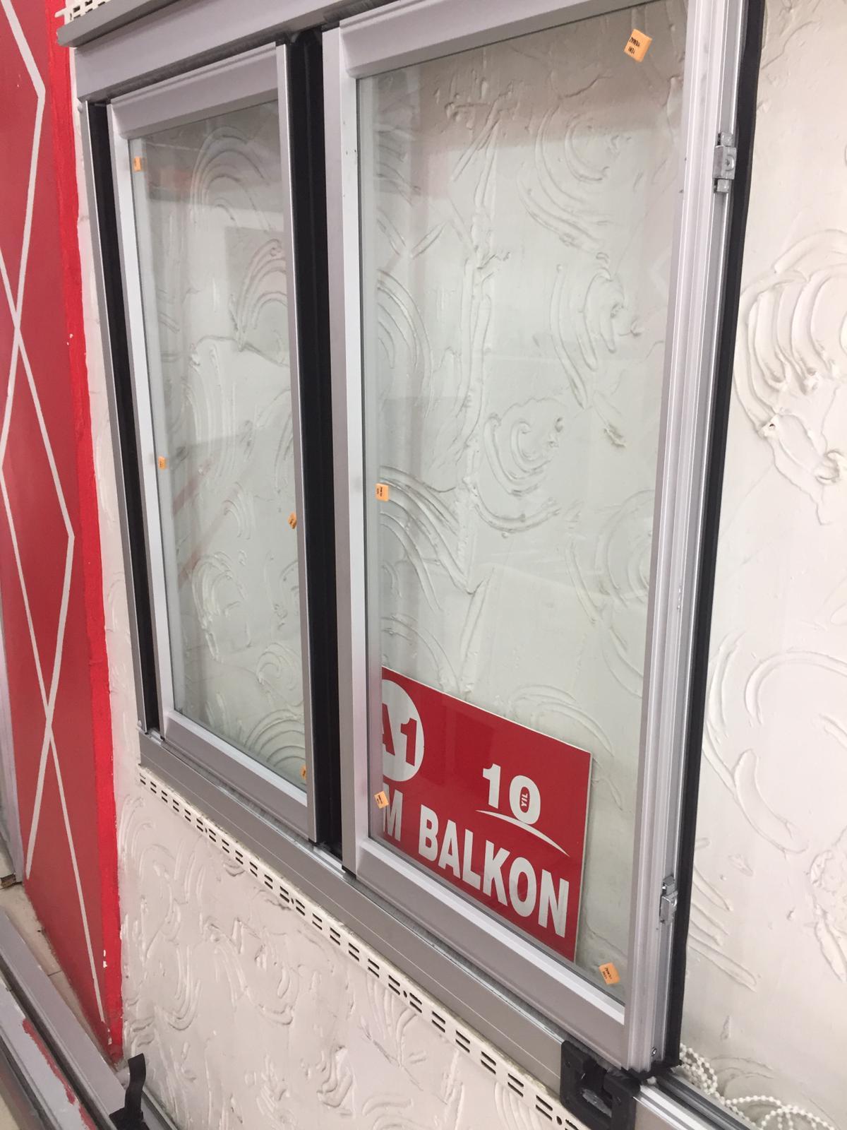 Isı Yalıtımlı Contalı Cam Balkon Modeli